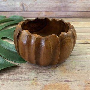 Vintage monkey pod wood kahana scallop edge decorative bowl